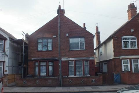 4 bedroom semi-detached house to rent - St Barnabas road,off Uppingham Road, Leicester