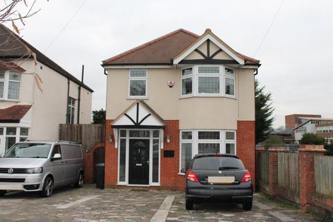 4 bedroom detached house to rent - Southgate , N14 7HX