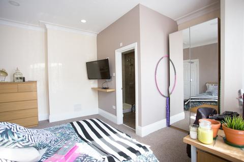 6 bedroom house share to rent - Fountain Road, Birmingham B17