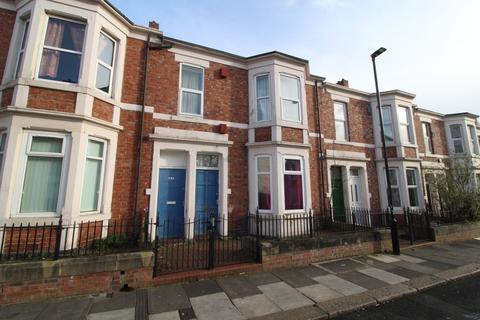 3 bedroom flat for sale - Gerald Street, Newcastle upon Tyne, Tyne and Wear, NE4 8QH