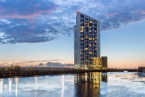 2 bedroom apartment to rent - Alexandra Tower, Princes Parade, Liverpool