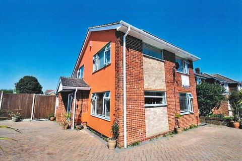 4 bedroom detached house for sale - Canterbury Road East Kent CT11