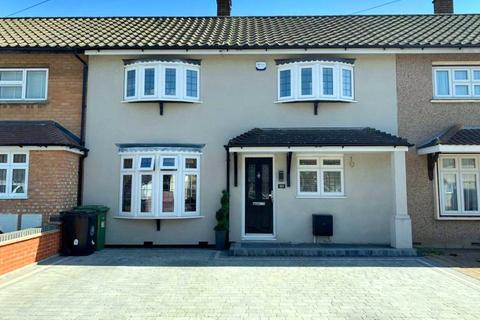3 bedroom terraced house for sale - Roseberry Gardens, Upminster, RM14