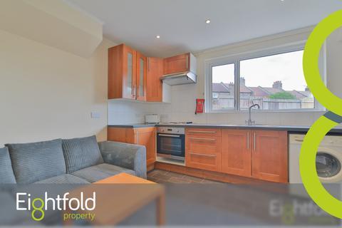 4 bedroom house share to rent - Kimberley Road, Brighton