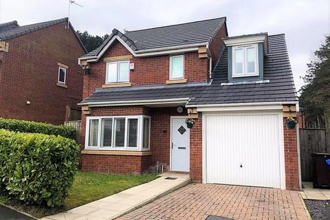 4 bedroom detached house for sale - Viner Way, Hyde
