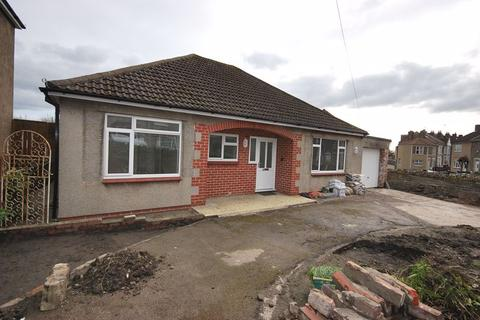 3 bedroom detached bungalow to rent - 106 Furber Road, Bristol