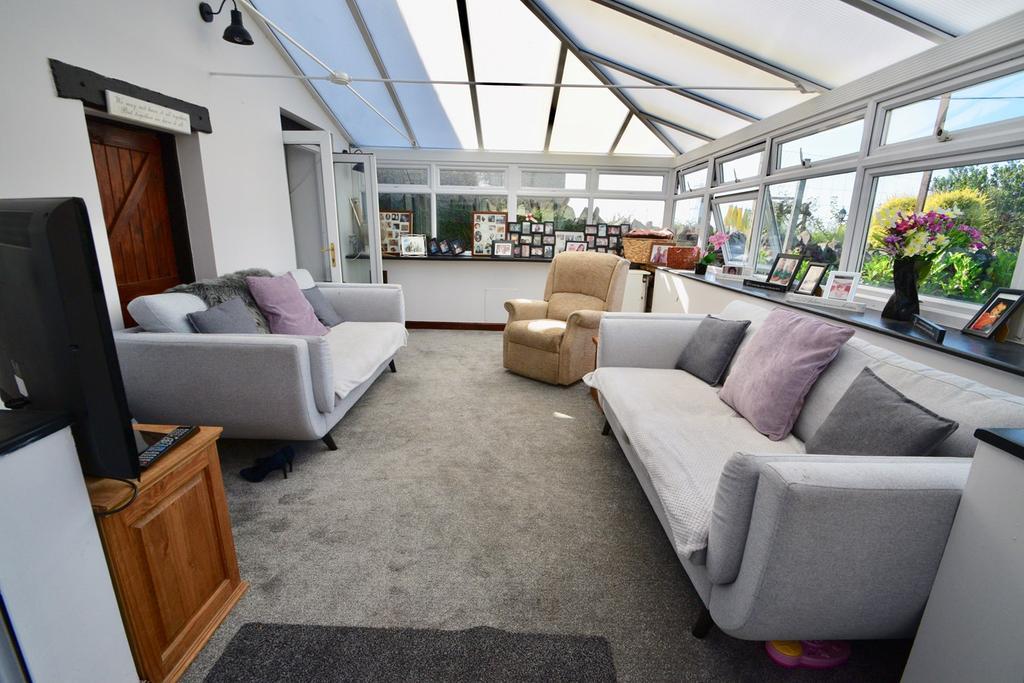 Hope Road, Yate, Bristol, BS37 4 bed cottage for sale - £ ...