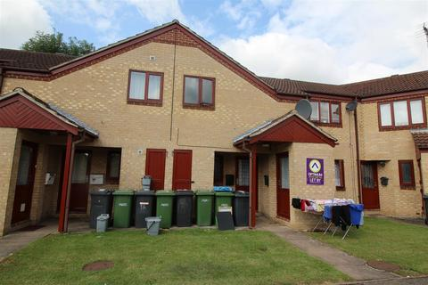 1 bedroom flat for sale - Danish Court, Werrington, Peterborough