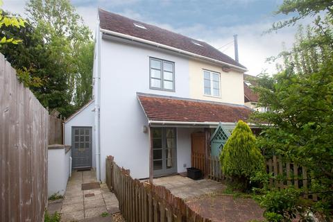 2 bedroom semi-detached house to rent - St Ann Street, Salisbury