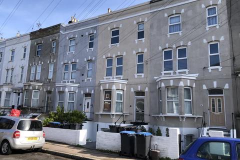 2 bedroom maisonette to rent - Crescent Road, Ramsgate
