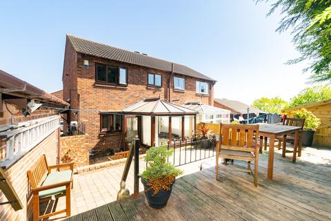 3 bedroom semi-detached house for sale - Woodlands Croft, Kippax, LS25