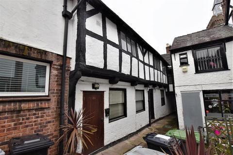Studio to rent - High Street, Congleton