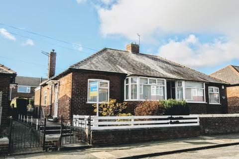 2 bedroom semi-detached bungalow to rent - Alwyn Road, Darlington