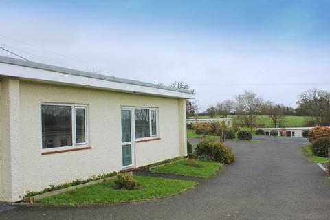 2 bedroom semi-detached bungalow to rent - Hatt, Saltash