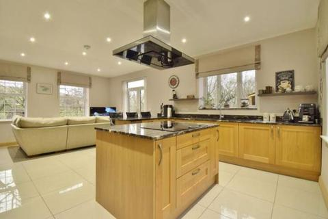 5 bedroom detached house for sale - Corbetts Lane, Caerphilly REF#00009345