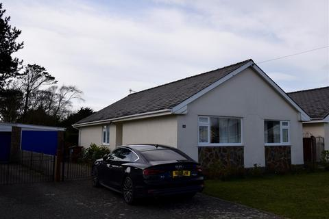 3 bedroom detached bungalow for sale - Cefn y Gader, Morfa Bychan, Porthmadog