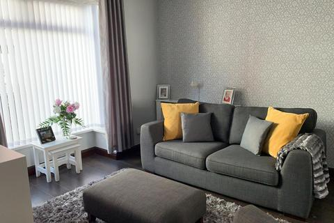 2 bedroom terraced house to rent - Rose Villas, Middleburg Street, HU9