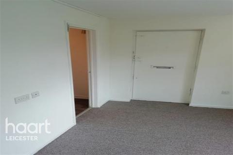 1 bedroom flat to rent - Studio Off Nicholas Road