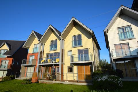 5 bedroom semi-detached house to rent - Cormorant Grove, Island Harbour, Newport, Isle of Wight PO30
