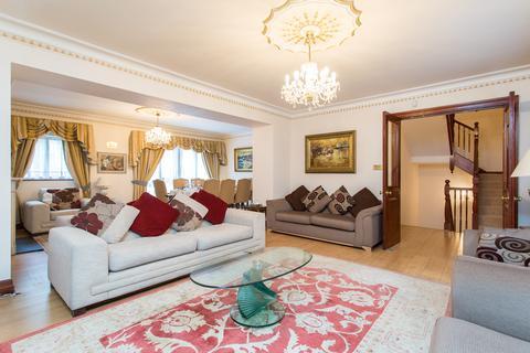 5 bedroom apartment to rent - Brick Street, London, W1J