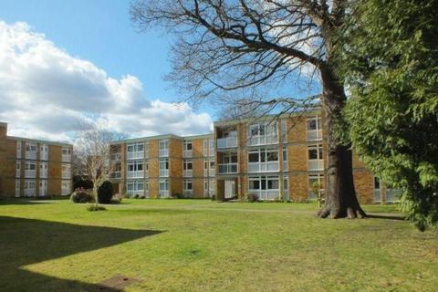2 bedroom apartment to rent - Laleham Court- WOKING