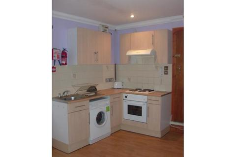 2 bedroom flat to rent - Monthermer Road, Cathays, Cardiff