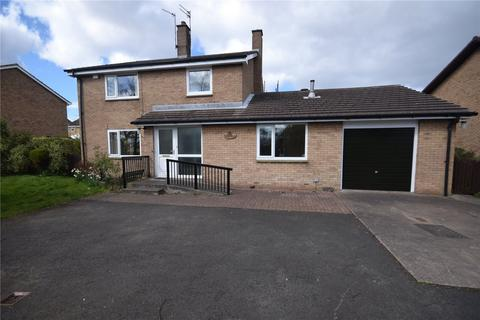 4 bedroom detached house to rent - The Vicarage, 98 St John's Estate, South Broomhill, Morpeth, NE65