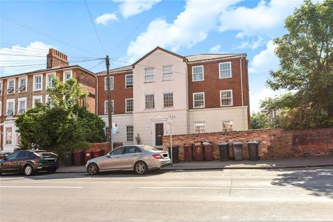 3 bedroom apartment to rent - Seafield Court, Russell Street, Reading, Berkshire, RG1
