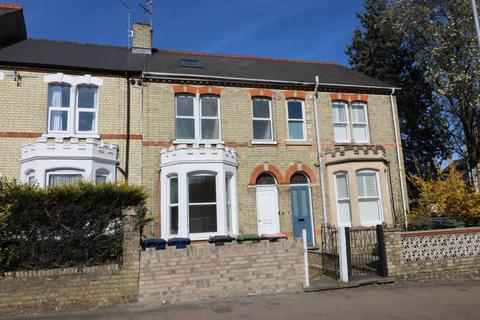 8 bedroom house share to rent - Victoria Road, ,
