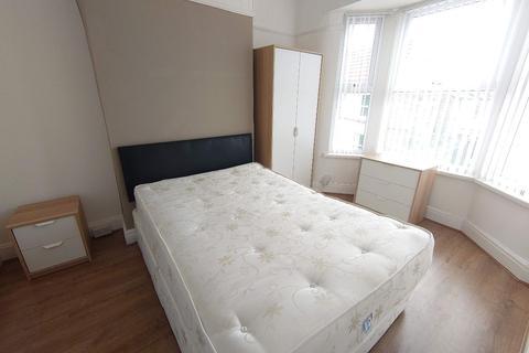 4 bedroom terraced house to rent - Saxony Rd, Kensington Fields