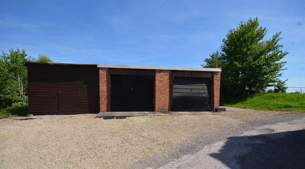 Garage / Workshop Block