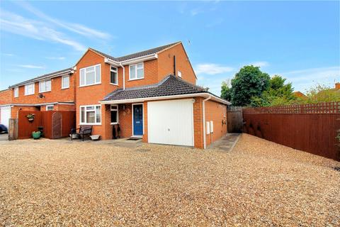 3 bedroom detached house for sale - Kenilworth Drive, Aylesbury