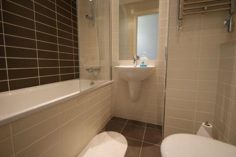 2 bedroom apartment to rent - 31 Strand Street, Liverpool
