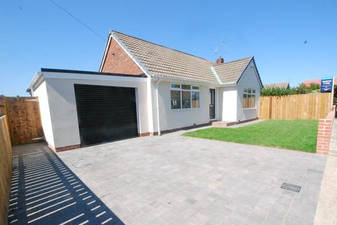2 bedroom bungalow - East Drive, Cleadon