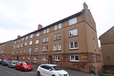 2 bedroom flat to rent - East Shaw Street, Greenock