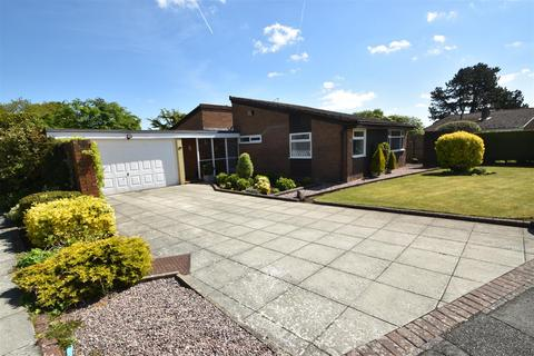3 bedroom detached bungalow for sale - Parklands Drive, Gayton, Wirral
