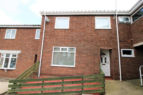 3 bedroom terraced house to rent - Lowick Close, Elm Tree, Stockton-On-Tees
