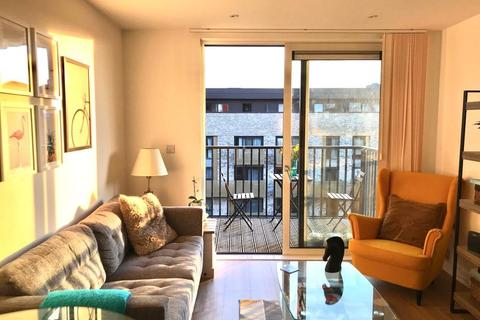 1 bedroom flat to rent - Navigation House, Whiting Way, London, SE16