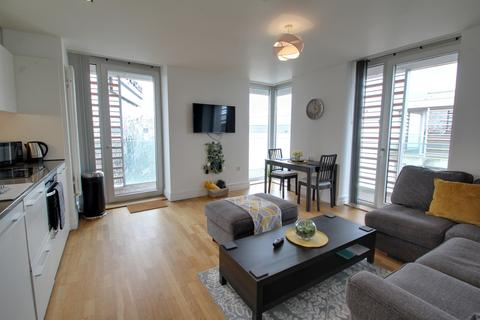 2 bedroom apartment to rent - Highcross Street, Leicester