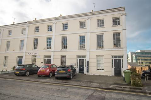 1 bedroom flat for sale - St. Georges Place, Cheltenham
