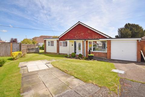 3 bedroom detached bungalow for sale - Beauxfield, Whitfield, Dover, CT16