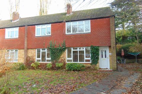 2 bedroom maisonette to rent - Langton Close, Maidenhead