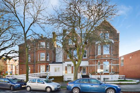 1 bedroom flat to rent - Shorncliffe Road, Folkestone