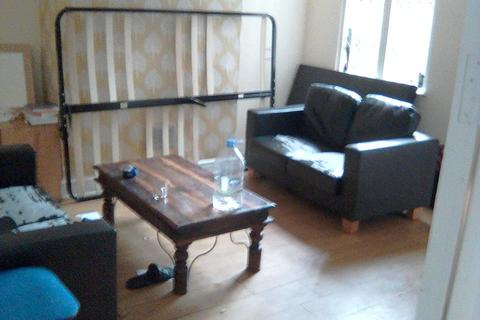 1 bedroom house share to rent - Forest fields, Nottingham NG7