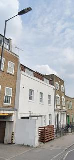 2 bedroom terraced house to rent - Chatsworth Road, London, E9