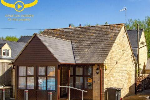 1 bedroom bungalow to rent - Northfield Farm, Northfield Farm, Woodbank, Witney, OX28