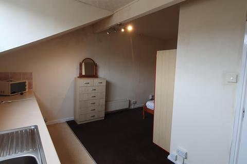 Studio to rent - 11 Lord Street, , Halifax,