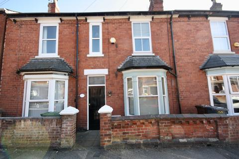 3 bedroom terraced house - Cecil Street, Lincoln, Lincolnshire, LN1