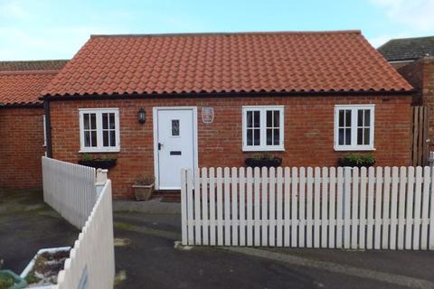 2 bedroom cottage to rent - High Street, Burgh Le Marsh