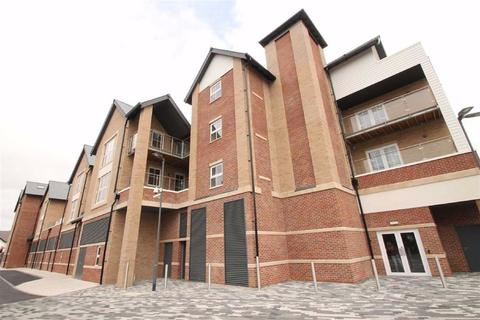 2 bedroom apartment to rent - Connaught Place, The Square, Hale Barns